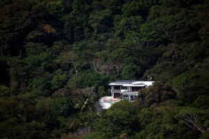 Costa-Rica-Rain-Forest-mansion
