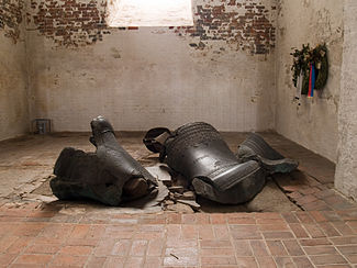 Germany_Luebeck_St_Mary_melted_bells
